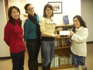 We Heart Japan presents their donation to JCIE staff in New York.