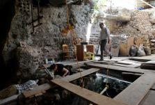 Hallan ofrenda de oro azteca enterrado en Ciudad de Mexico 1