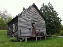Lindamood School (1894) at The Settlers Museum of Southwest Virginia; photo from http://betraverse.tumblr.com/