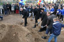 Bei der Eröffnung der Sportoberschule. Quelle: Archiv: R. Müller