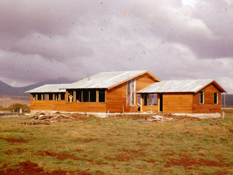 Dalsgarður í byggingu ca. 1957-1959.