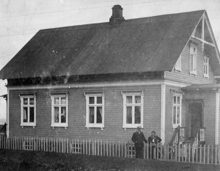 Fyrsta mynd sem til er af húsinu 1901-1910 Mynd: Hsk