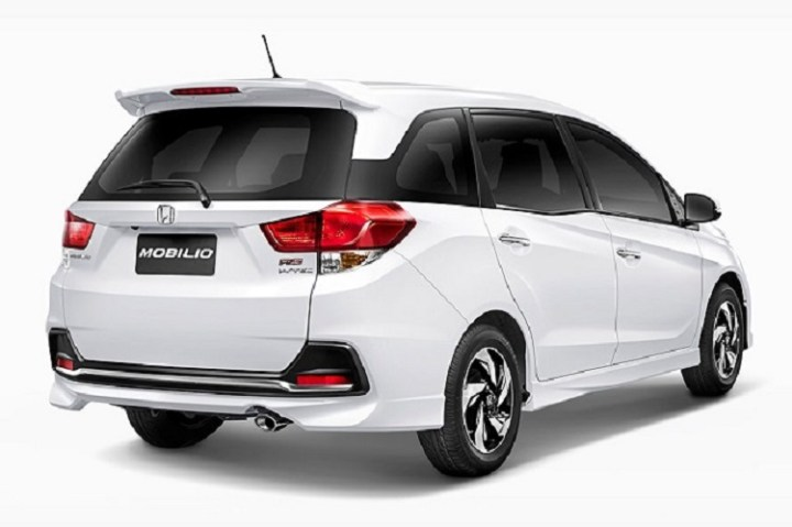 2017-Honda-Mobilio-back-view