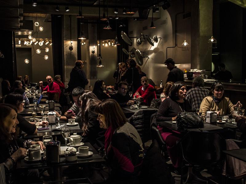 https://i1.wp.com/2018.teatropicadero.com.ar/wp-content/uploads/2018/07/teatro_picadero_restaurante_mesas.jpg?ssl=1
