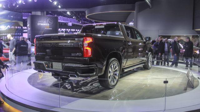 2018 Chevrolet Silverado High Countryrear