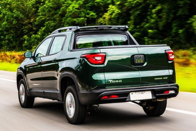 2018 Fiat Toro rear