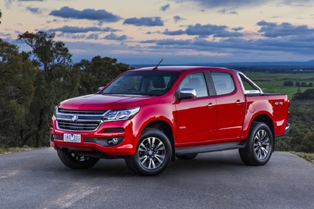 2018 holden colorado side view