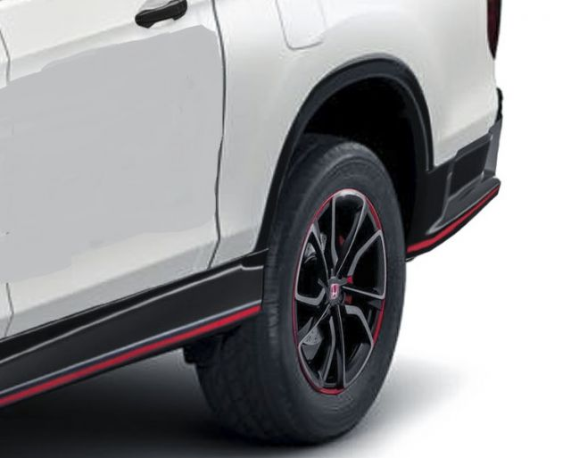 2019 Honda Ridgeline Type R side