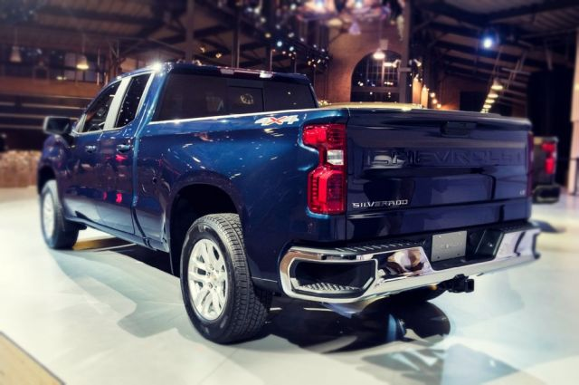 2020 Chevy Silverado rear