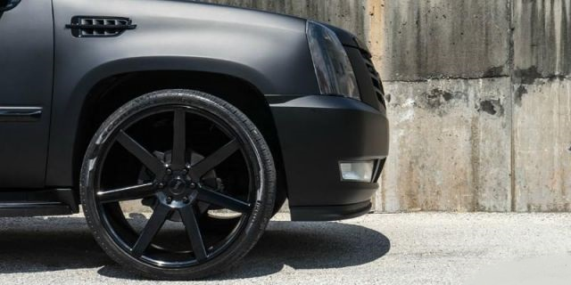 2020 Cadillac Escalade EXT front side