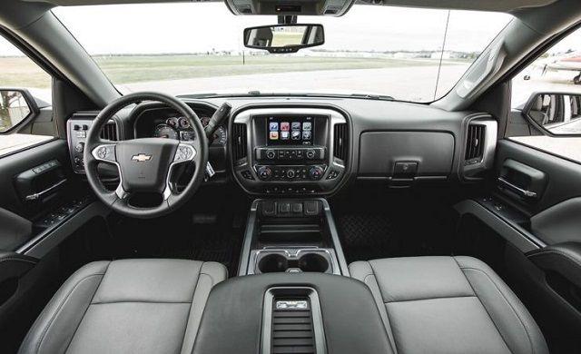 2020 Chevy Silverado HD interior