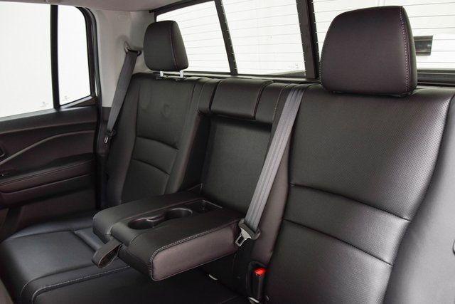 2020 Honda Ridgeline Type R seats