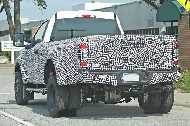 2020 Ford F-350 rear