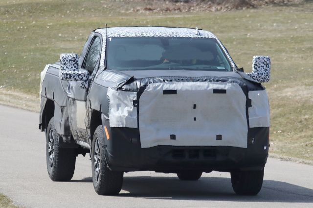 new 2020 gmc sierra 2500 hd spied testing on the public