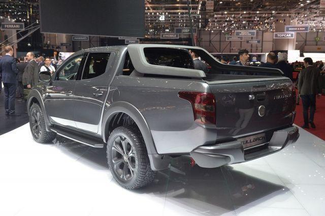 2020 Fiat Fullback rear