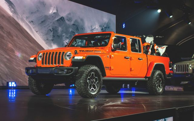 2020 jeep gladiator first look release date and price