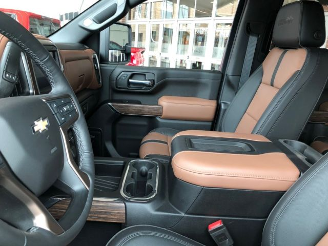 2020 Chevy Silverado 3500HD interior