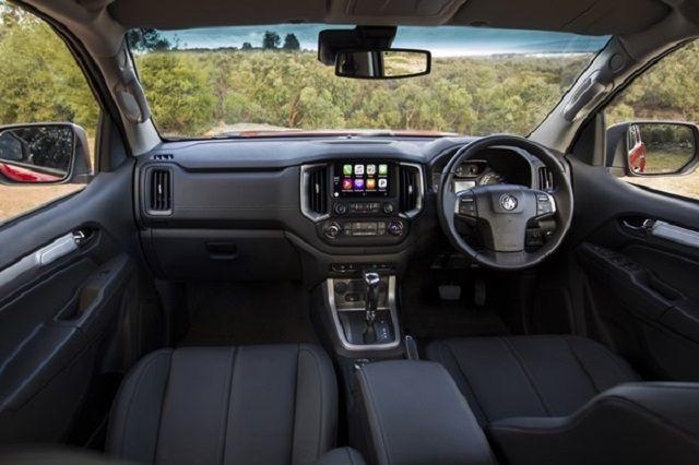 2020 Holden Colorado interior