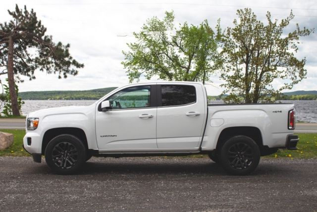 2021 GMC Canyon side