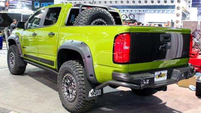 2021 Chevrolet Colorado ZR2 Bison rear
