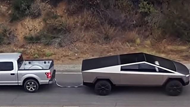 2021 Tesla Cybertruck towing