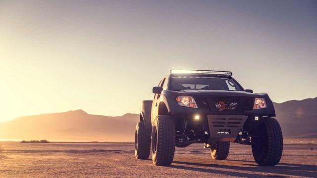 2021 Nissan Frontier Desert Runner exterior