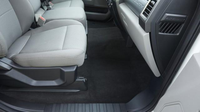 2021 Ford F-550 interior