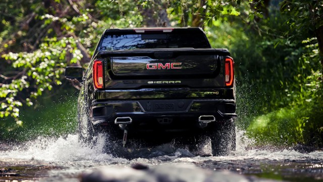 2021 GMC Sierra 1500 AT4 off-road