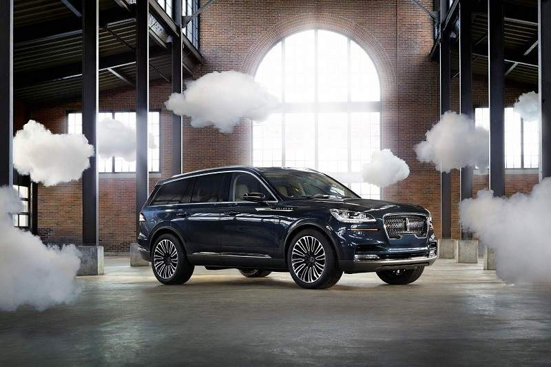 2019-Lincoln-Aviatorr.jpg