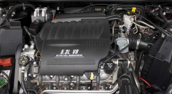 2018 Chevy Avalanche engine