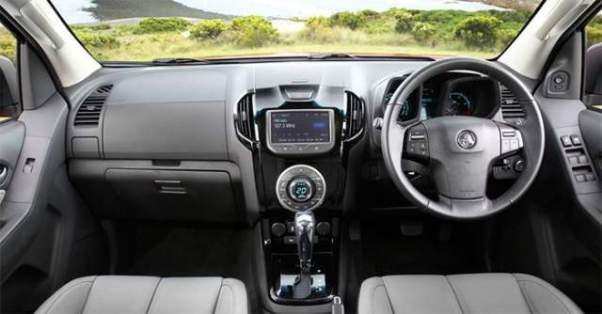 2018 Holden Colorado interior