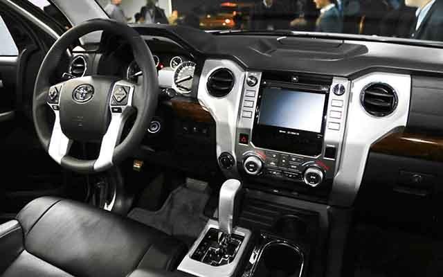 2019 Toyota Tundra cabin