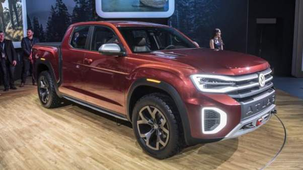 VW Atlas Tanoak pickup truck concept