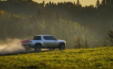 2021 Rivian R1T truck