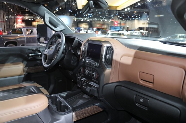 2021 Chevy Silverado HD interior