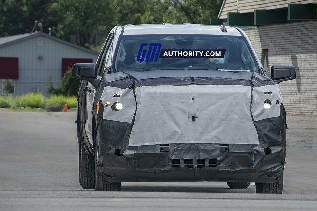 2022 Chevy Silverado 1500 spy shots
