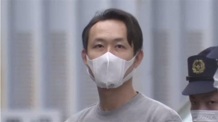 【東京】「リンパをほぐします」小顔マッサージ施術中に女性客の胸触る 中国籍のシステムエンジニア男(28)逮捕  [ばーど★]