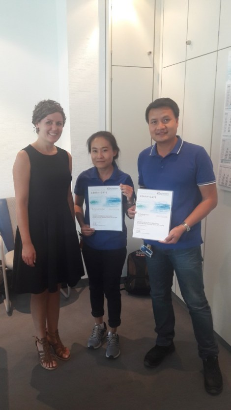 The Certificate for the training course by the UeBZO: Hand-over by Sonja Pruell to Moukdala Keomixai and Saythong Insarn