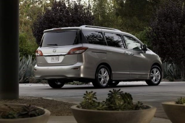 2019 Nissan Quest rear view