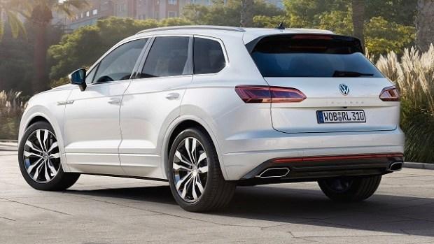 2019 VW Touran rear view