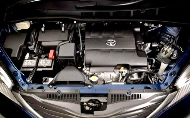 2020 Toyota Sienna engine