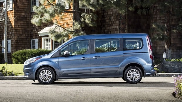 2020 Ford Transit Wagon side view