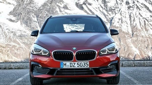 2019 BMW 2 Series Gran Tourer front view