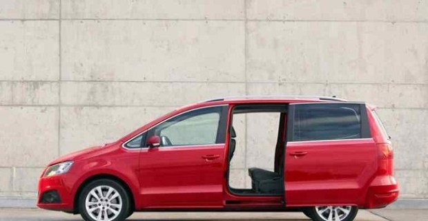 2019 Seat Alhambra side view