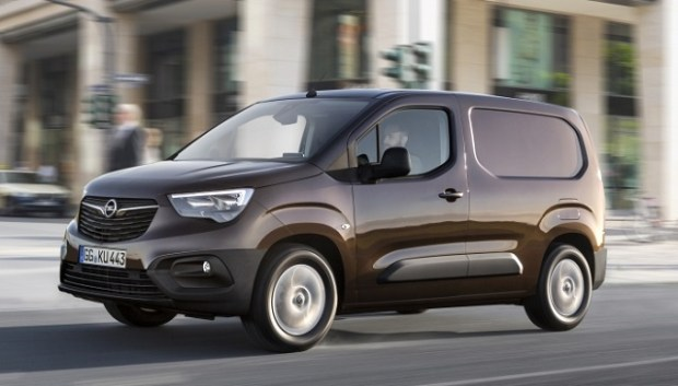 2019 opel combo front view
