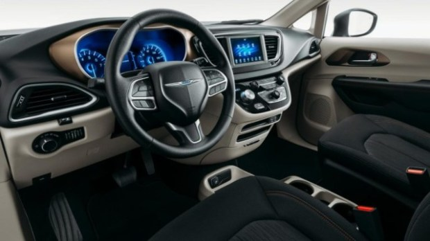 2021 Chrysler Voyager interior