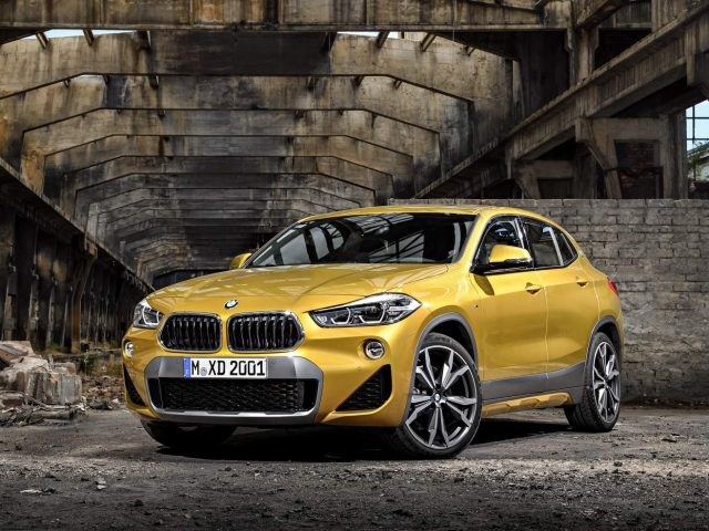 2019 BMW X2 front view