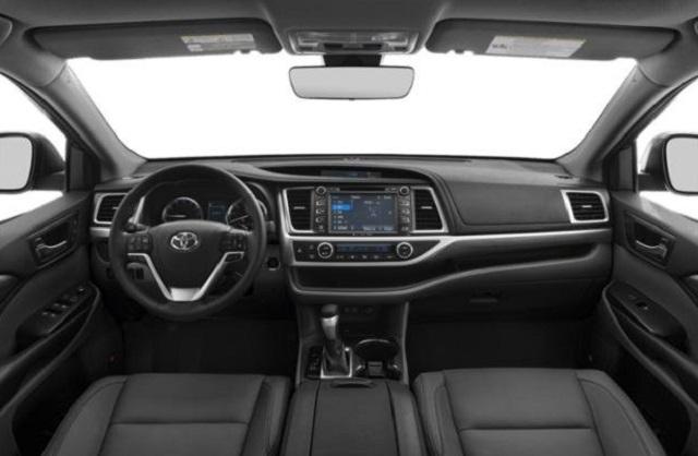 2019 Toyota Highlander interior