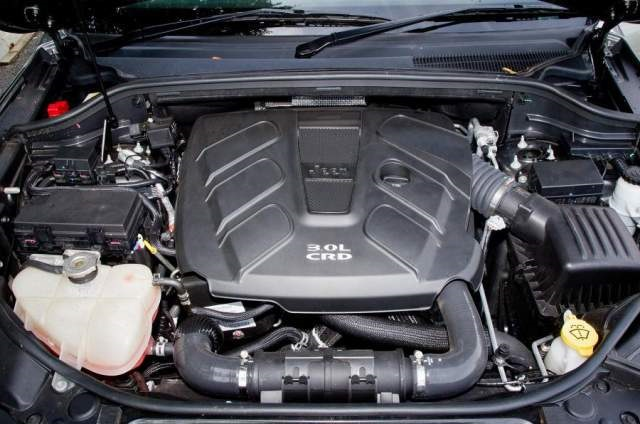2020 Jeep Grand Cherokee engine