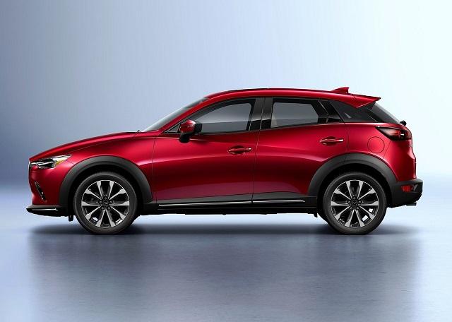 2020 Mazda CX-3 side view